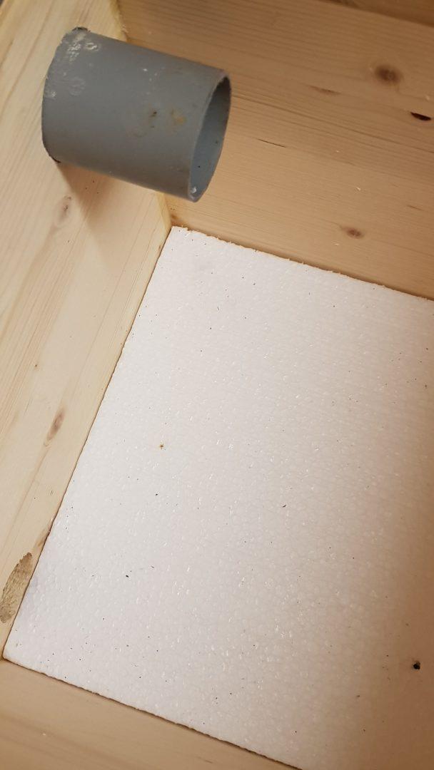 Čmeláci PLUS - Doplňková tepelná izolace - polystyren na dně úlku (20 mm)