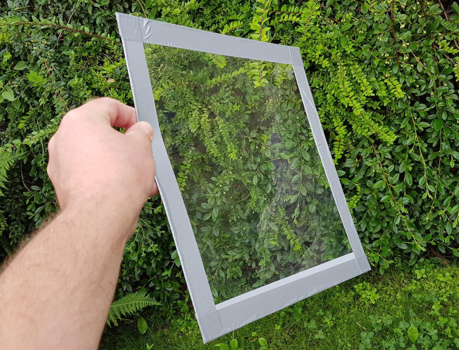 Čmeláci PLUS - Pozorovací okénko z polykarbonátu