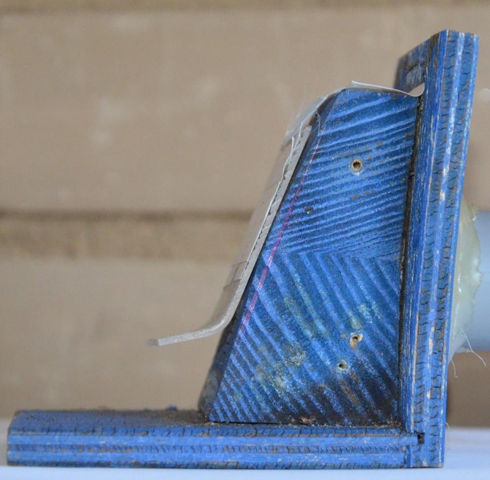 Čmeláci PLUS nedoléhání záklopky u čmeláčí klapky poškozené vodou