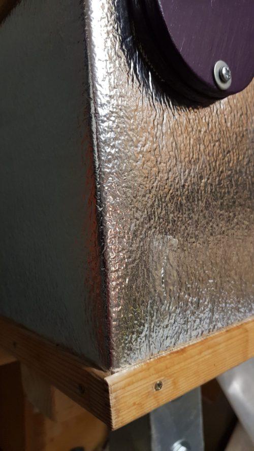 Čmeláci PLUS - Doplňková izolace úlku z odrazová folie za radiátory