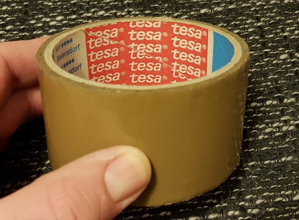 Čmeláci PLUS - Lepící páska TESA