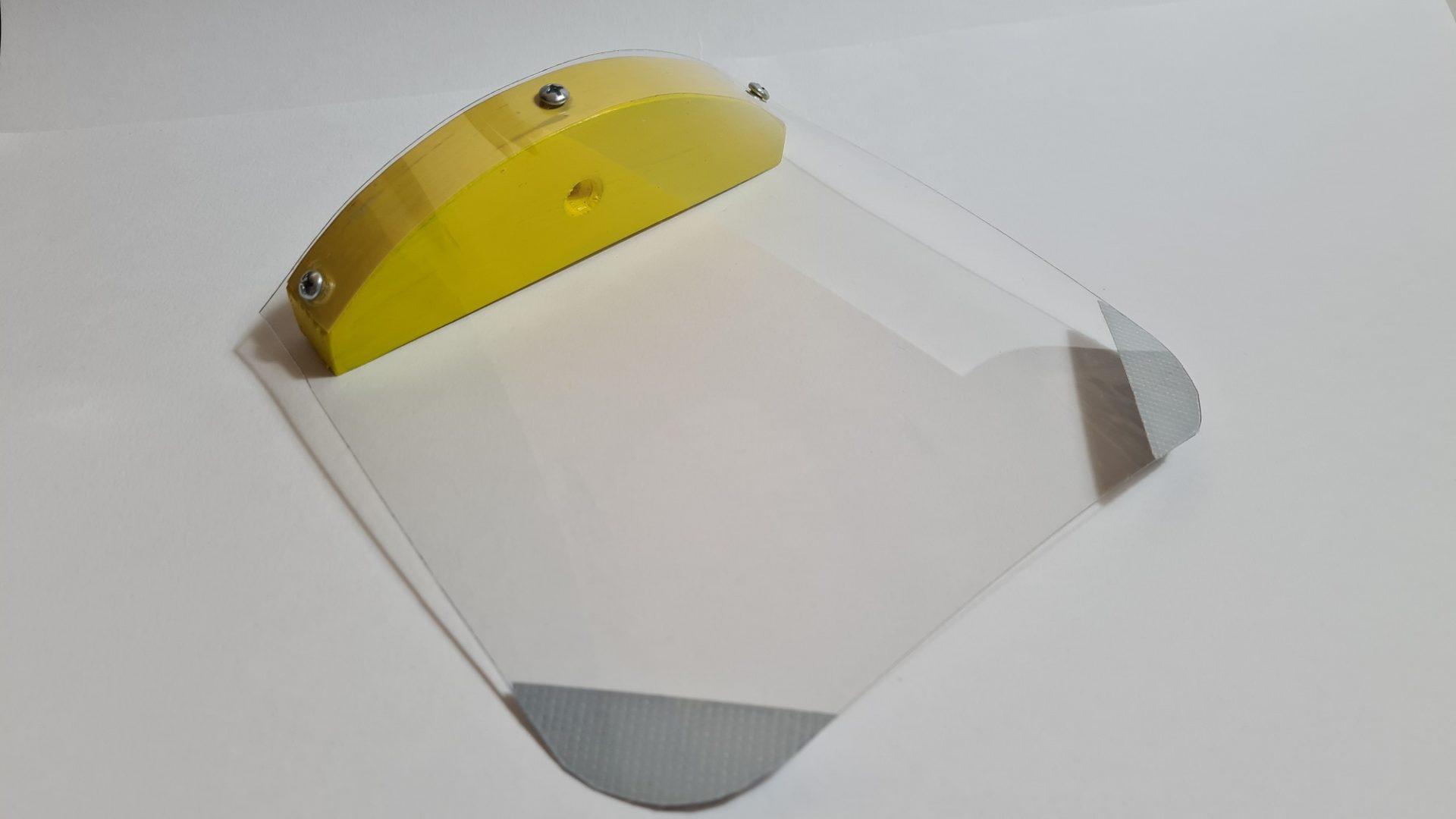 Čmeláci PLUS -Stříška namontovaná na držák