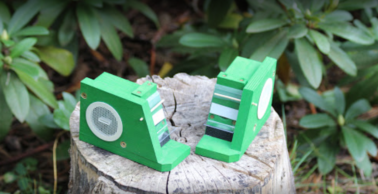 Čmeláci PLUS - Ochranná klapka - umístění na bok úlku