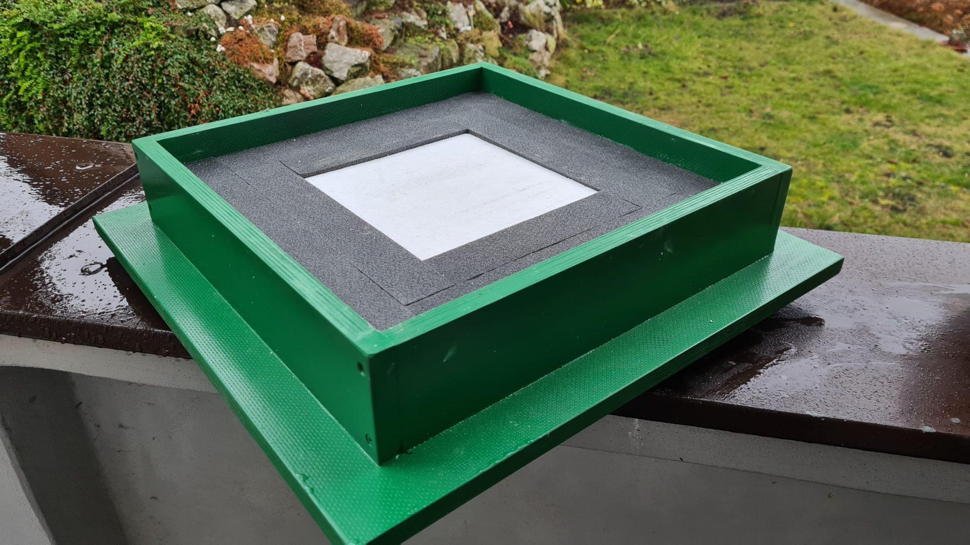 Čmeláci PLUS - Úprava úlku - nová střecha